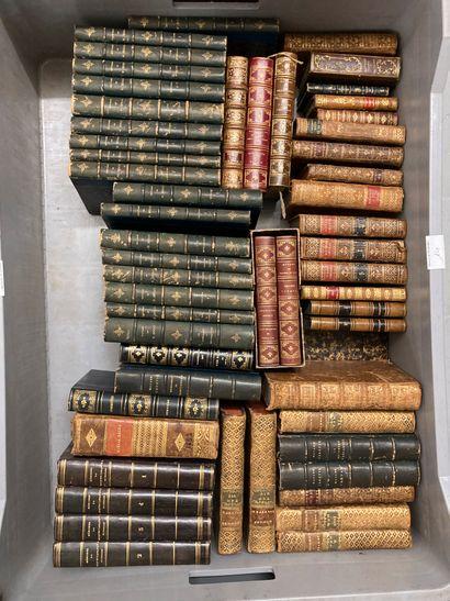 Mannette de livres : les hommes illustres,...