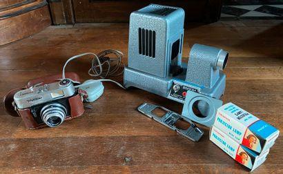 Un appareil photo VOGTLander color Lanthar...