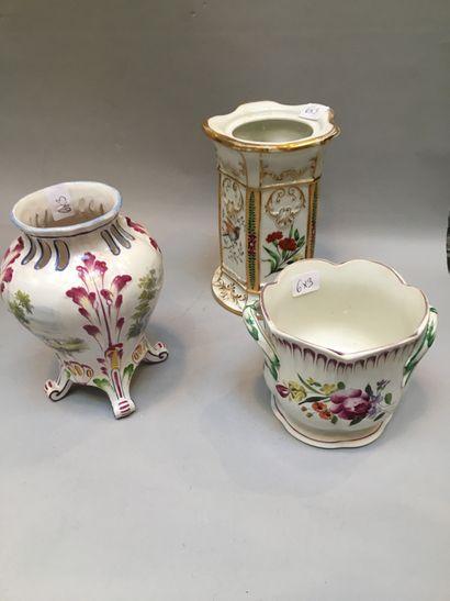 Lot Vase en porcelaine décor d'oiseaux  Petit...