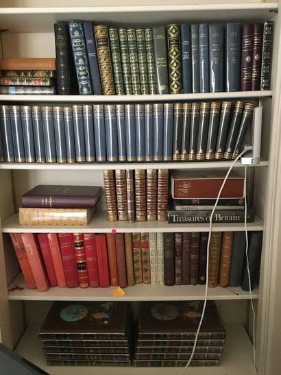 Lot de livres reliés et brochés LOT AU GARDE...
