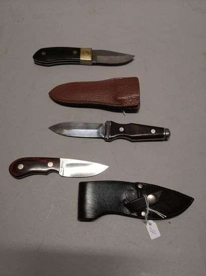 Ensemble d'un couteau droit A.G.RUSSELL joli...