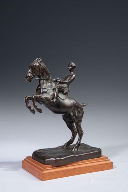 Roger de MINVIELLE (1897 - 1985). La Courbette et la Croupade. Paire de bronzes...