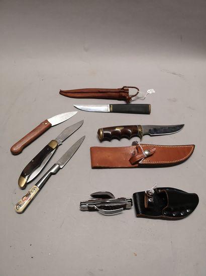 Ensemble d'un: - couteau droit RUFFIN Johnson...