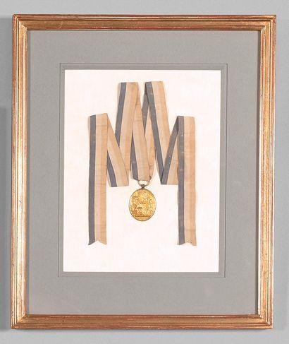 Médaille de commémoration en bronze ciselé...