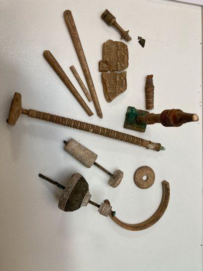 Lot de tabletterie fragmentaire (fusaïoles...