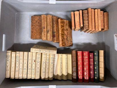 Deux manettes de livres : Alexandre Dumas,...