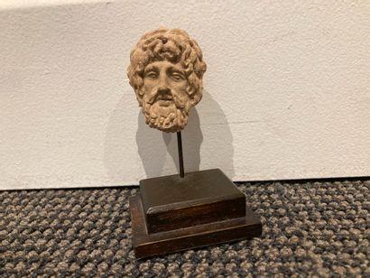 Tête d'homme barbu (probablement Zeus ou...
