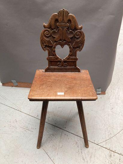Chaise alsacienne en bois naturel  H : 86...