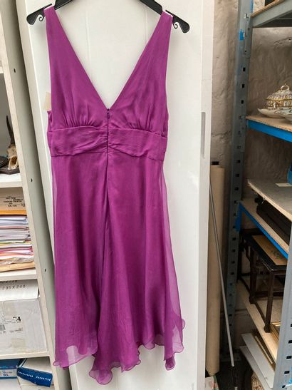 Apostrophe taille 38, Robe plissée gris clair  Y de G Paris jupe et veste violette...