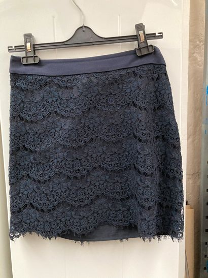 Claudie Pierlot Jupe bleue marine Taille 38