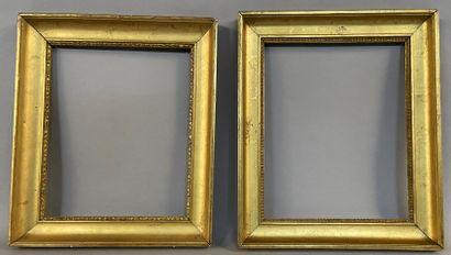 Deux cadres en bois et pâte doré dit profil...