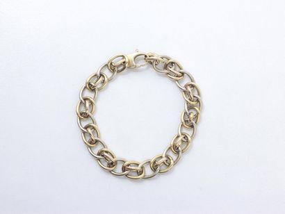 Bracelet 2 tons d'or 750 millièmes, maille...