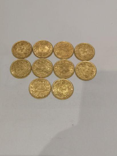 Lot 32 10 pièces de 20 Francs or Suisse...