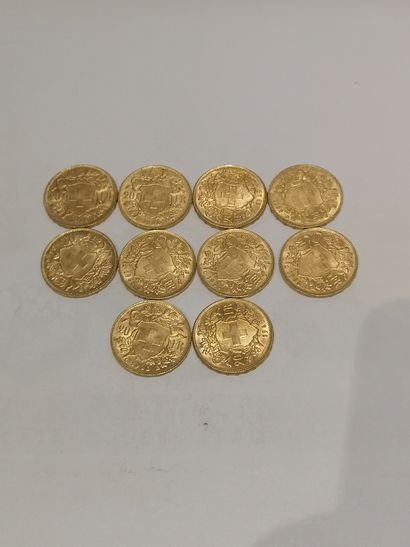Lot 34 10 pièces de 20 Francs Suisse or...