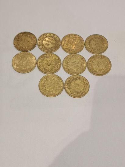 Lot 22 10 pièces de 20 Francs or (usures)...