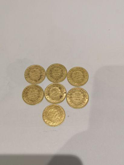 Lot 26 7 pièces de 10 Francs or (usures)...