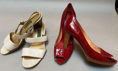 GUCCI, SERGIO ROSSI  Lot de deux paires de...