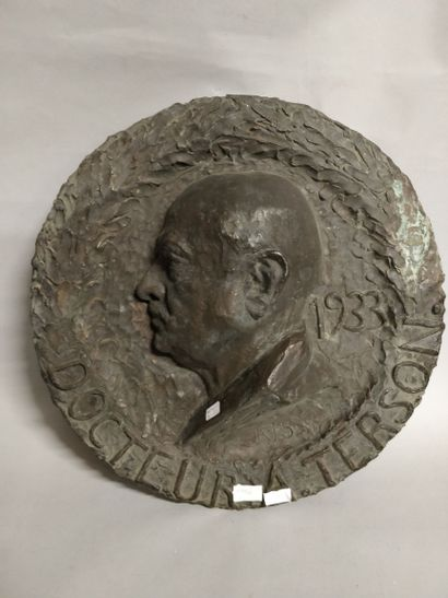 R.J.S.  Portrait du docteur A. Terson, 1933...