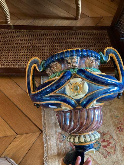 Vase sur piédouche par Sergent (piédouche...