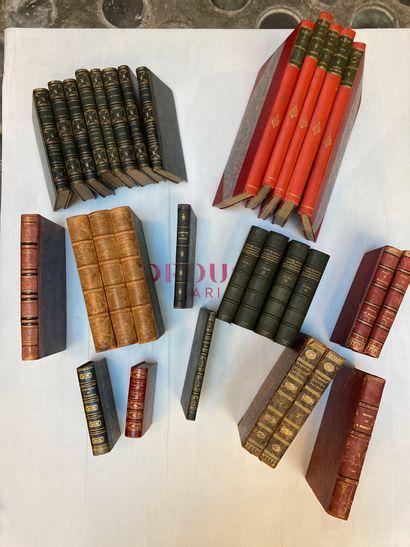 Ensemble de volumes du 19eme et 20eme siècle...