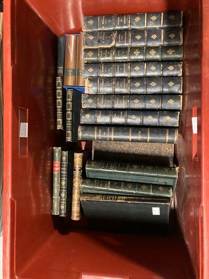 Caisse de livres, histoire de la Révolution,...