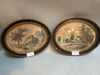 Deux gravures ovales en couleur de paysages...