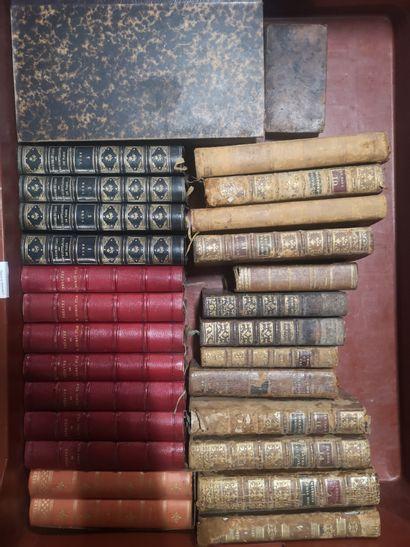 Lot de volumes reliés et brochés dont Maxime...