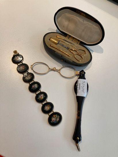 1 bracelet en micro-mosaïque (acc), monture...