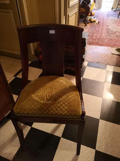 6 chaises gondoles, style Restauration certaines...