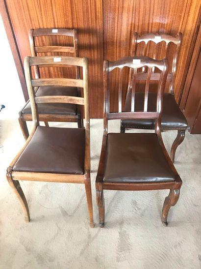Quatre chaises (différences). Style Restauration...