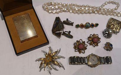 Lot de bijoux de créateurs, montre Yves St...