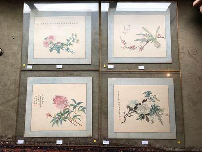 CHINE, XXe siècle  4 soies peintes  39 x...