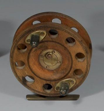 Beau moulinet de type Scarborough (pêche...