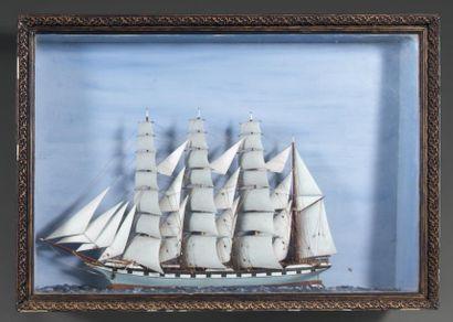 DIORAMA Quatre-mâts, barques Bordes 46 x...