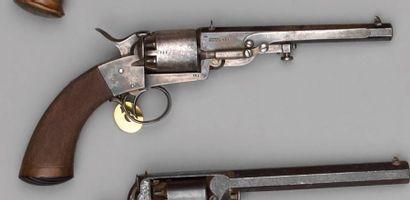 Revolver Deprez vers 1860 à percussion, simple...