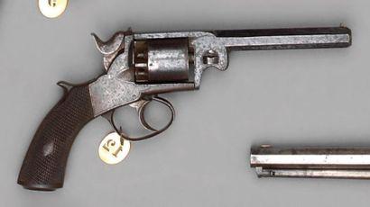 Revolver de type Webley Bentley modèle populaire