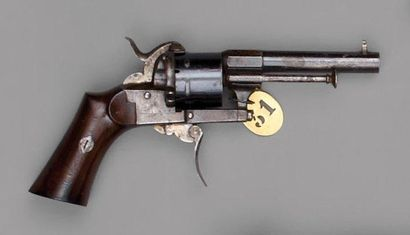 Revolver Lefaucheux à broche, simple et double...