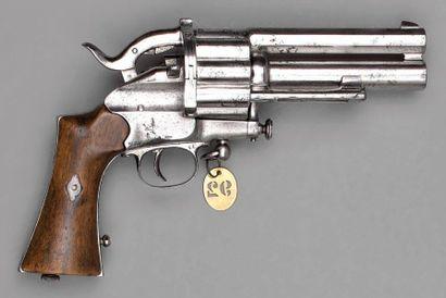 Revolver Le Mat modèle 1877/1881 à percussion...