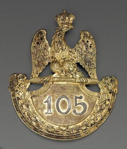 Plaque de shako d'officier du 105e régiment...