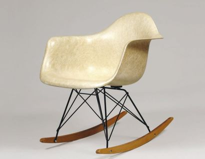 EAMES Charles & Ray (1907-1978) et (1913-1988)