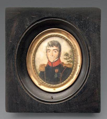 Miniature ovale sur ivoire: Portrait d'un...