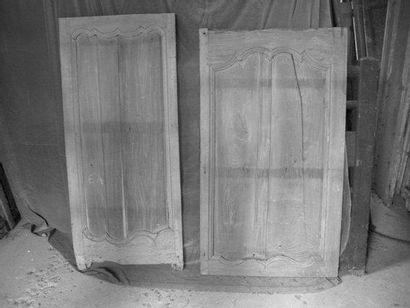 2 Panneau - boiseries chêne H. 140 - L. 80...