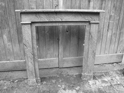 Cheminée bois, patinée faux marbre H. 100...
