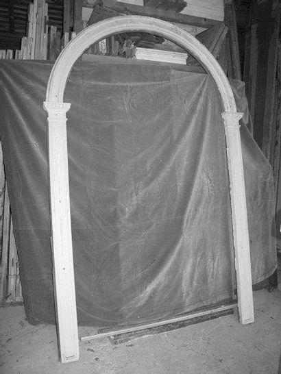 Encadrement bois plein cintre H. 260 - L....