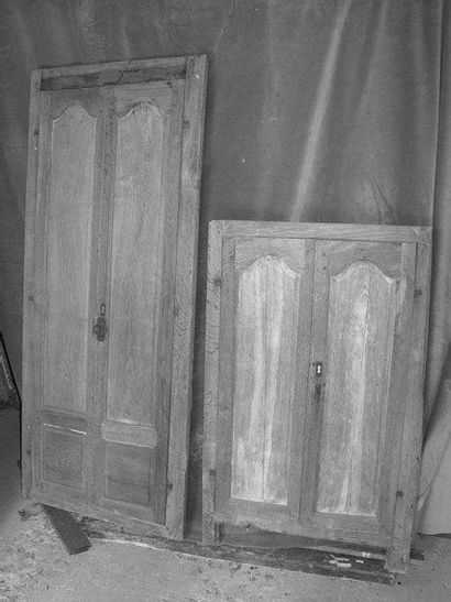Façade de placard en chêne H. 157 - L. 65...