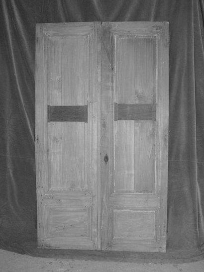 Paire de portes de placard en peuplier H.159...