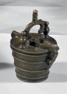 Pile de poids de Nuremberg en bronze, le...