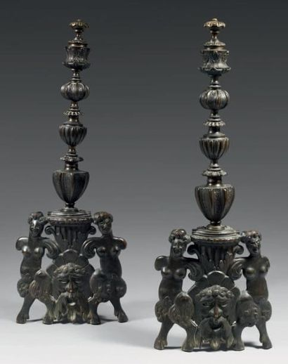 Spectaculaire paire de chenets en bronze....