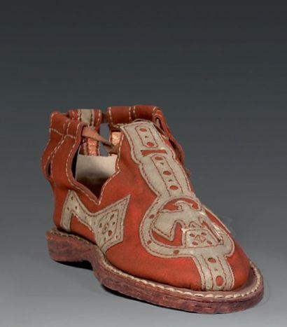 Deux modèles de sandale de patricien romain...