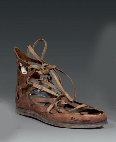 Paire de sandales de citoyen romain pour le théâtre, fin XIXème siècle, cuir naturel...
